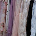 różne typy sukienek