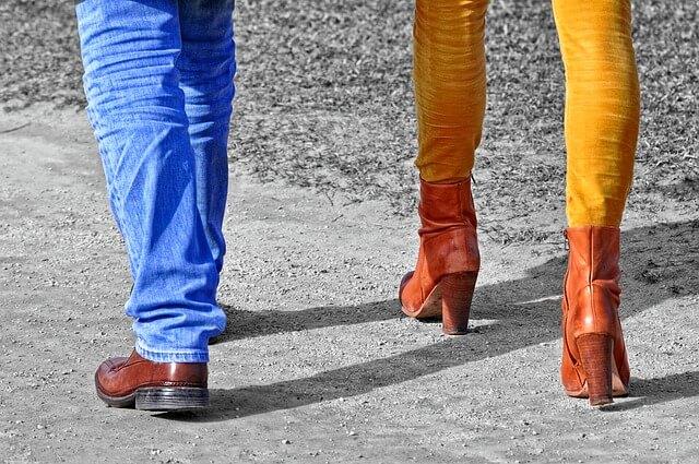 Legginsy i getry – jak je nosić?