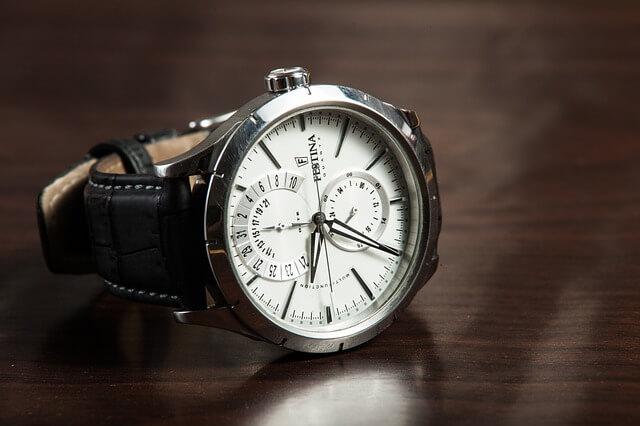 Wiesz jak dbać o paski do zegarków?